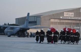 Şehit pilotlar törenle memleketlerine uğurlandı