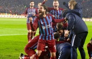 Trabzonspor, Çalımbay'la evindeki başarısını...