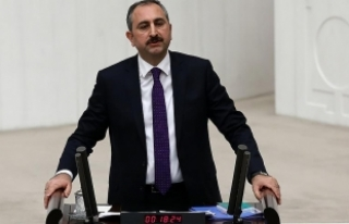 Adalet Bakanı Gül: İttifakın merkezinde halk vardır,...