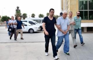 Antalya'da 2 eski komutana FETÖ'den beraat,...