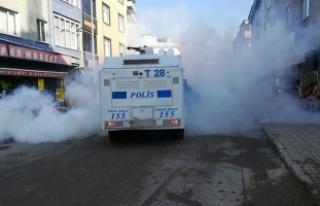 Bağcılar'da pazarcılara biber gazı ve tazyikli...