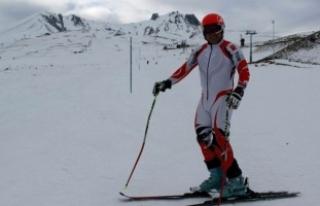 Bedensel Engelli Milli Kayakçı Mehmet Çekiç, Olimpiyatlarda...