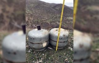 Bingöl'de teröristlere ait 60 kiloluk el yapımı...