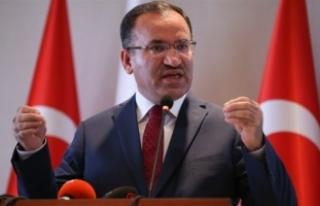 Bozdağ: AK Parti'yi oturarak engellemeleri mümkün...