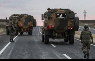 Diyarbakır Hazro'da 6 askeri yaralayan 3 terörist...