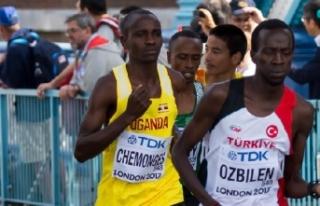 Dünya Yarı Maratonu'nun en iyi derecesi Kaan...