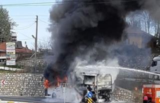 Düzce'de yolcu otobüsü yandı