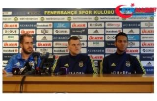 Fenerbahçeli Josef ile Skrtel, Galatasaray derbisini...