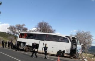 Öğrencileri taşıyan otobüsün freni patladı:...