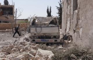 İdlib'te pazar yerine saldırı: 42 ölü