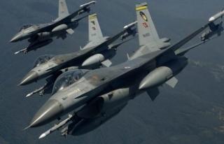 Irak'ın kuzeyindeki terör hedeflerine hava...