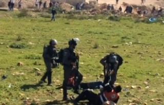İsrail askerleri Batı Şeria'da 13 Filistinliyi...