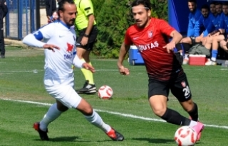 """Karacabey Birlikspor Teknik Direktörü Durmuş: """"Rakibi..."""