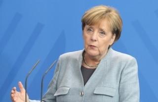 Merkel'den ABD′nin ek vergi kararına ilişkin...