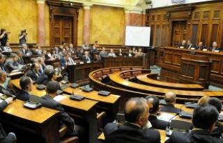Sırbistan Meclisinden 'soykırım' tasarısına...