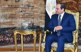 Sisi yüzde 92'yle yeniden Cumhurbaşkanı