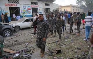 Somali parlamentosu yakınlarında bombalı saldırı...