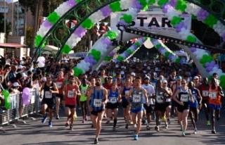 Tarsus Yarı Maratonu'na Kenyalı atletler damga...