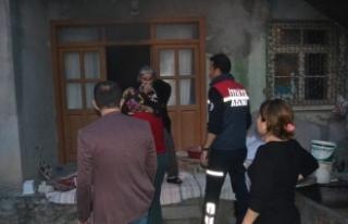 Tencereyi ocakta unutunca evi yaktı
