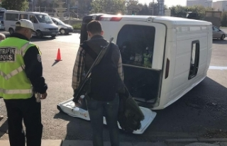Ankara'da askeri personeli taşıyan servis aracı...