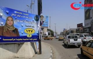 Bağdat sokakları seçim posterleriyle dolsa da halk...