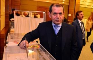 Dursun Özbek: 'Şampiyonluk kupasını hep beraber...