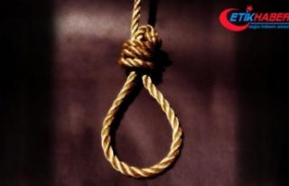 İran'da iki polisi öldüren üç kişi idam...