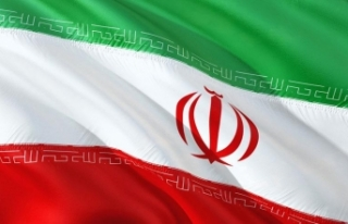 """İran'dan """"Yemen konusunu görüşmeye başladık""""..."""