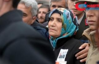 'Oğlumun cenazesinde dik durdum teröristleri...