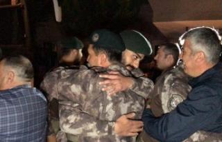 Afrin'den dönen Özel Harekatlar sevinç gözyaşlarıyla...