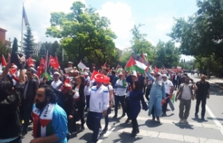 Ankara'da binlerce kişi İsrail ve ABD'yi protesto...