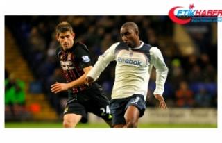 Aston Villa'nın Eski Futbolcusu Jlloyd Samuel...