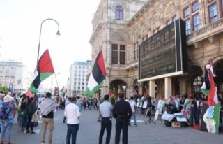 Avusturya'da 'Nekbe' gösterisi