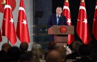 Cumhurbaşkanı Erdoğan ilk iftarını şehit aileleriyle...