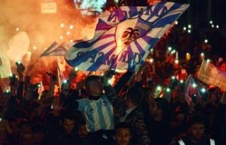 Dadaşlar, Süper Lig'e çıkmanın sevincini...