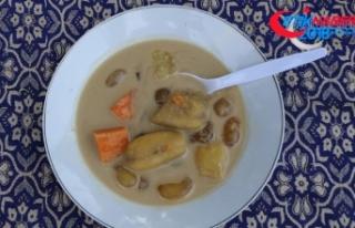Endonezya'da iftar sofrasının vazgeçilmezi muz...