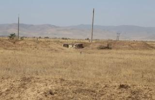 Ermenistan Azerbaycan'ın sivil yerleşim birimlerine...