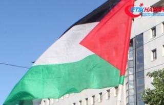 Filistin Paraguay'ın büyükelçiliğini Kudüs'e...