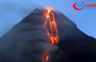 Hawai'de Kilauea Yanardağ'ında patlama