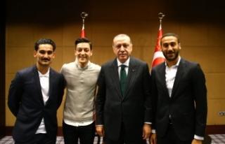 İngiltere'de top koşturan Türk yıldızlarla...