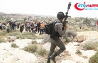 İsrail askerleri Batı Şeria'daki gösterilere...