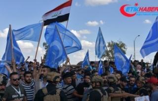 Kerkük'teki Türkmenlerin seçim protestosu...