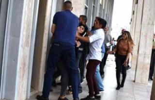 KKTC'de kadın gazeteciye saldırıya 3 ay hapis...