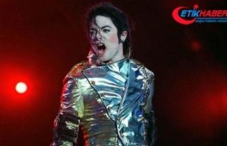 Michael Jackson'ın 45 derecelik duruşunun sırrı...