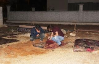 Suriyeli genç, ablasını rahatsız ettiğini öne...