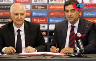 Trabzonspor Ünal Karaman ile 1 yıllık sözleşme...