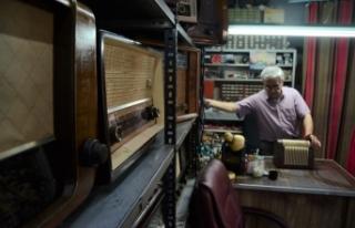 Yarım asırlık radyolara yeniden ses veriyor