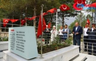 Erdoğan, Ömer Halisdemir'in mezarını ziyaret...