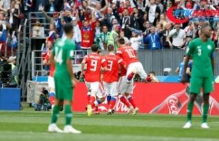 Ev sahibi Rusya Dünya Kupası'na galibiyetle...