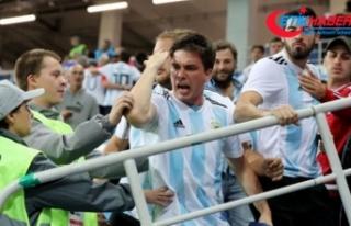 Hırvatistan ve Arjantin'e ceza